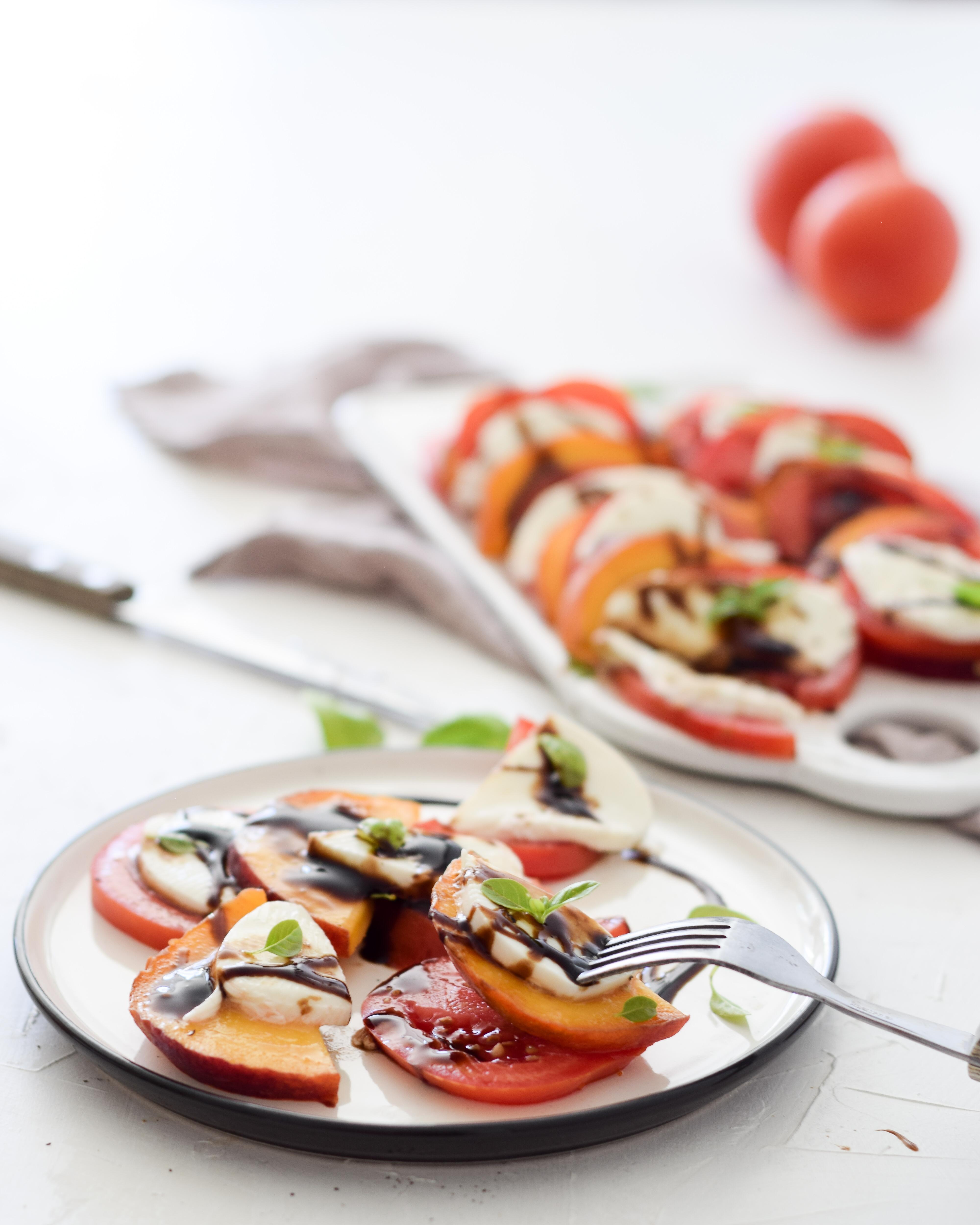 Pfirsich-Tomate-Mozzarella