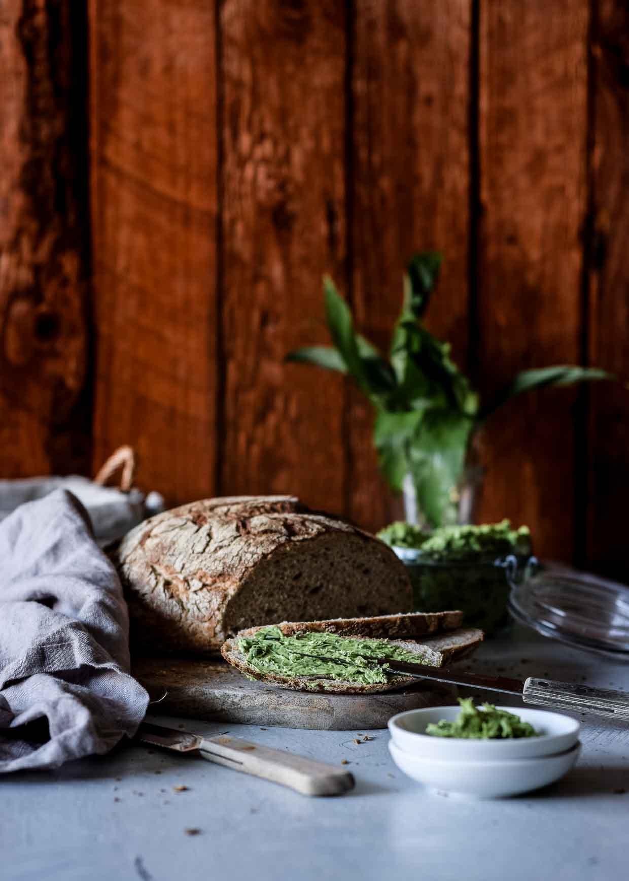Bärlauch auf Brot