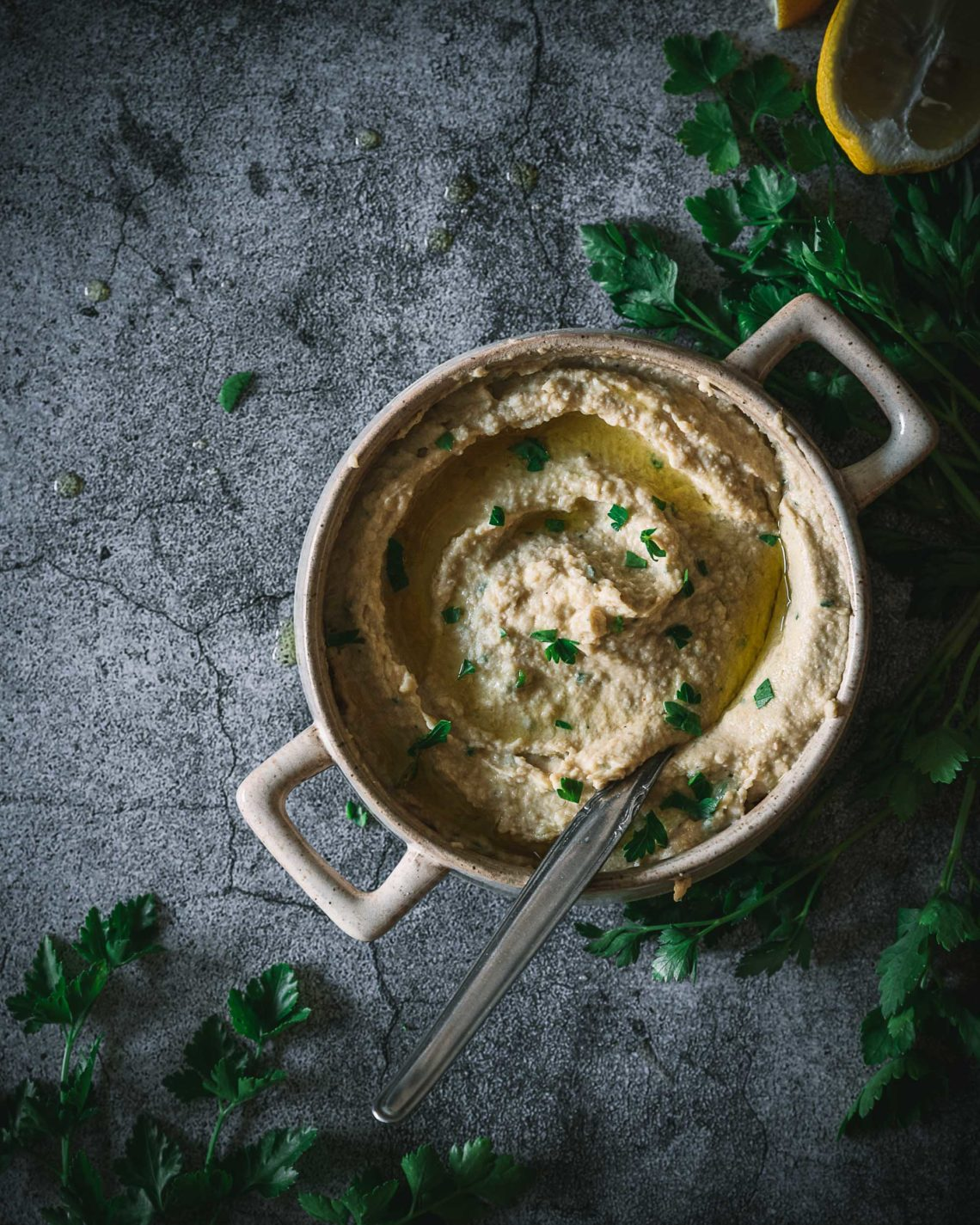 Klassischer Hummus